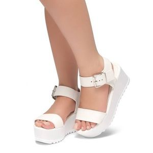 White platform strappy open toe wedge sandals 8